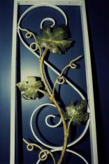 Contrat: fer forgé pour l'extérieur, feuilles de vigne peinte faux-fini